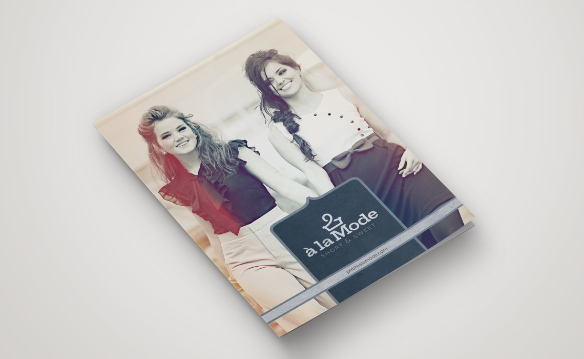 A la mode Fashion Brochure Design